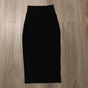 Group by babaton stretchy body con skirt